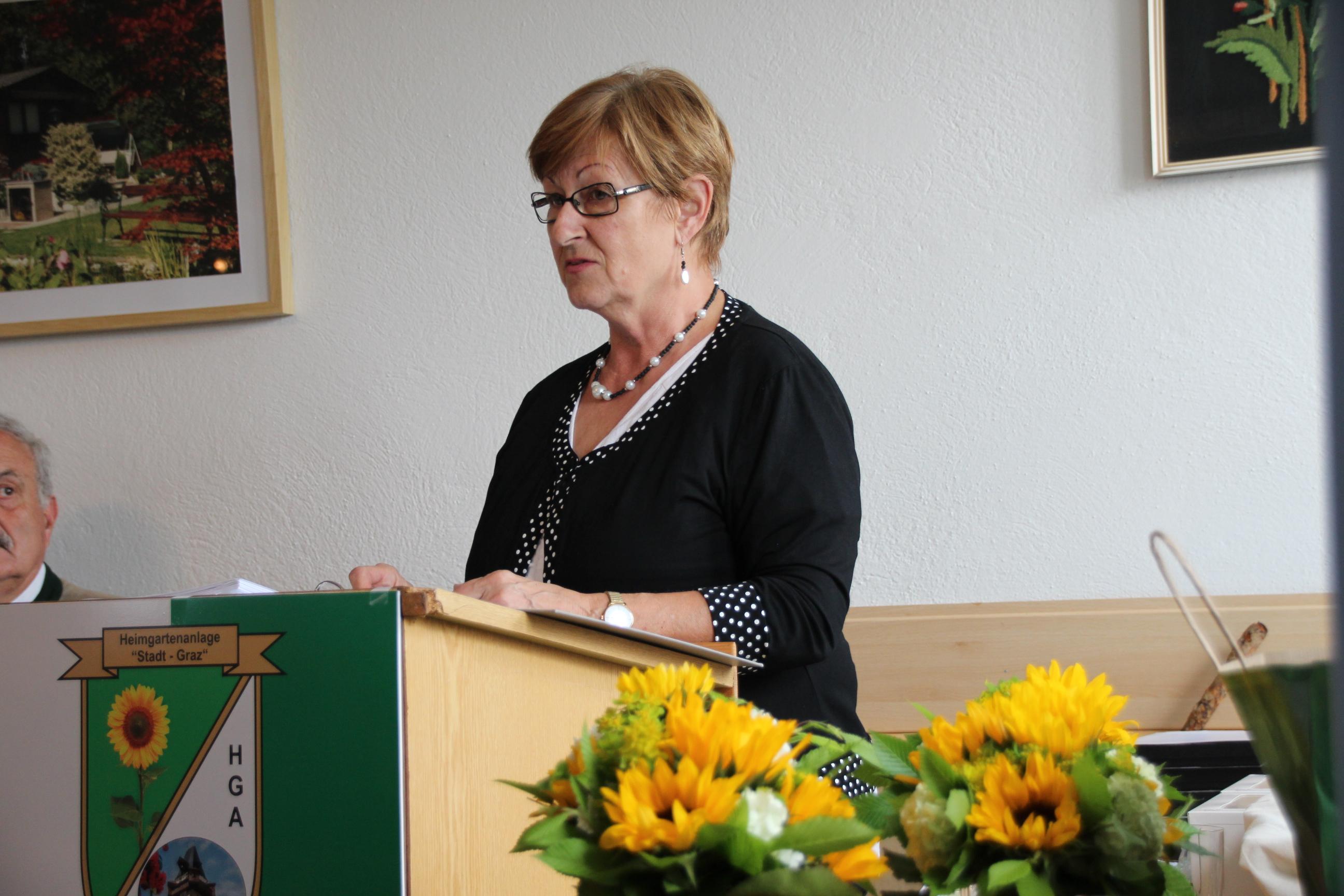 Vorsitzende der Kleingartenkommission GR Ingrid Heuberger